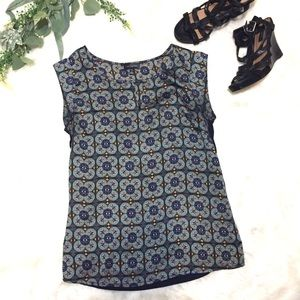 The Limited Keyhole Blouse Navy Gray Print Small